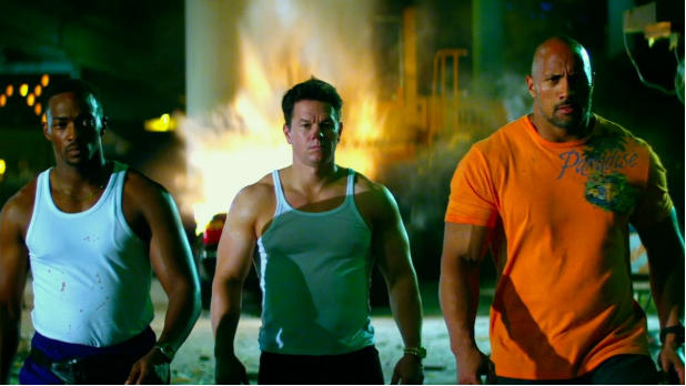 michaelbaypainandgain687883034_2108327899001_pain-and-gain-trailer-still