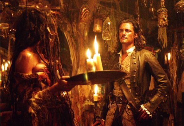 Will_Turner_inside_the_fortune_teller,s_shack