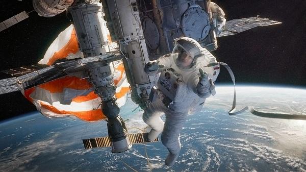 gravity still 2013 - sandra bullock