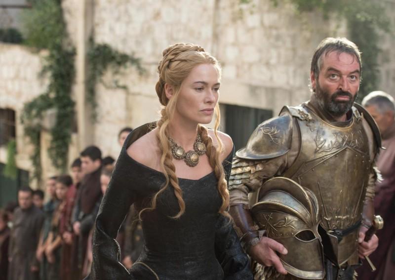 lena-headey-as-cersei-lannister-and-ian-beattie-as-meryn-trant_-photo-macall-b-polay_hbo1