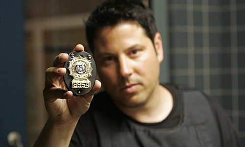 "HEROES -- ""Four Months Later"" Episode 201 -- Pictured: Greg Grunberg as Matt Parkman -- NBC Photo: Chris Haston"