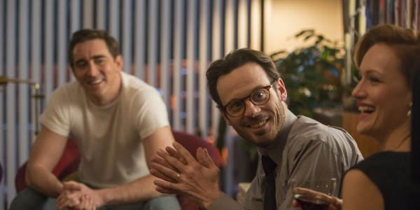 Lee Pace as Joe MacMillan, Scoot McNairy as Gordon Clark and Kerry Bishé as Donna Clark - Halt and Catch Fire _ Season 2, Episode 3 - Photo Credit: Richard DuCree/AMC