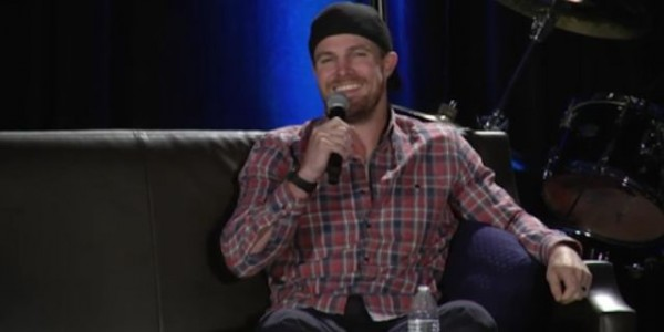 stephen-amell-chicago-wizardworld-148734-640x320