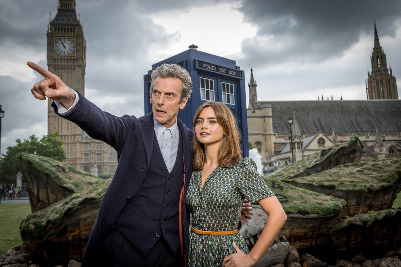 The Doctor and Clara Oswald - Doctor Who