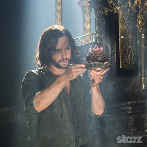 Tom Riley brilliantly plays the man, the myth, the legend, Leonardo da Vinci. Photo by Starz.