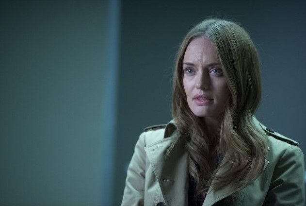 Laura Haddock as Megan Cantor, a mysterious character from one of John's past cases who says she has a message from Alice. Luther season four. Photo by BBC America.