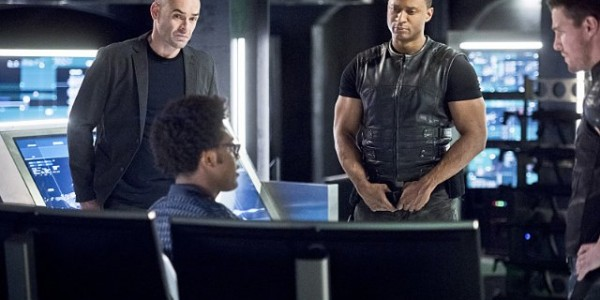 arrow-beacon-of-hope-paul-blackthorne-echo-kellum-david-ramsey