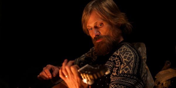 Ben Cash (Viggo Mortensen) in a scene from CAPTAIN FANTASTIC directed by Matt Ross, in cinemas 2016. An Entertainment One Films release. For more information contact Claire Fromm: cfromm@entonegroup.com.
