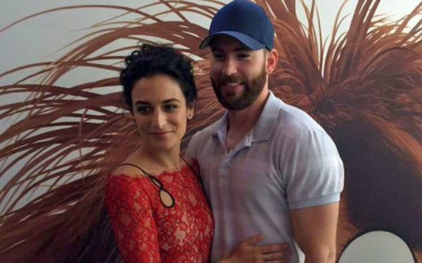 chris-evans-and-jenny-slate-yep-theyre-really-a-couple