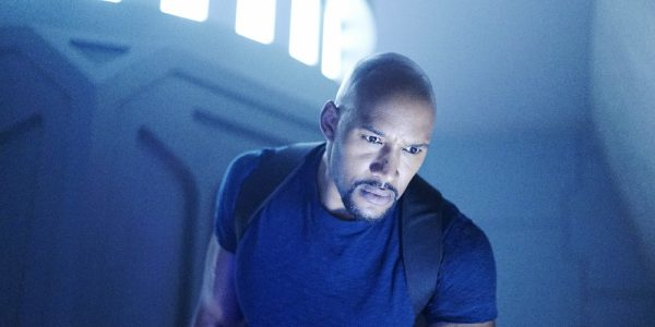 """MARVEL'S AGENTS OF S.H.I.E.L.D. - """"Meet the New Boss"""" - Daisy goes to battle Ghost Rider at a terrible cost, and Coulson faces the new Director, and his bold agenda surprises them all, on """"Marvel's Agents of S.H.I.E.L.D.,"""" TUESDAY, SEPTEMBER 27 (10:00-11:00 p.m. EDT), on the ABC Television Network. (ABC/Jennifer Clasen) HENRY SIMMONS"""