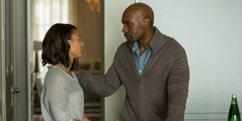 John Taylor (MORRIS CHESTNUT) and Laura Taylor (REGINA HALL) have a heart to heart conversation in Screen Gems' WHEN THE BOUGH BREAKS.