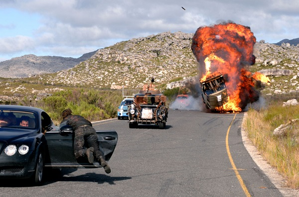 doomsday-car-chase