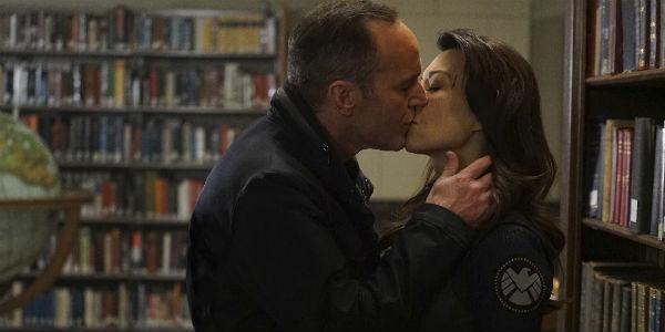 Coulson and May kiss