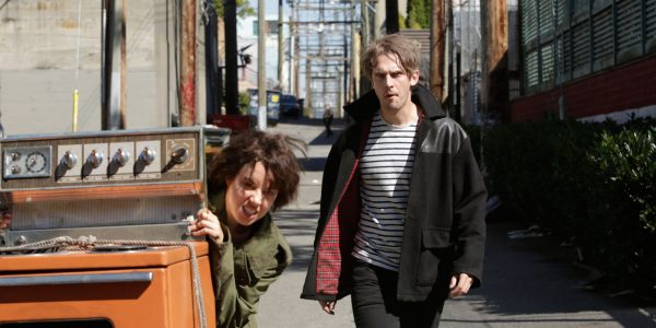 """LEGION -- """"Chapter 2"""" (Airs Wednesday, February 15, 10:00 pm/ep) -- Pictured: (l-r) Aubrey Plaza as Lenny """"Cornflakes"""" Busker, Dan Stevens as David Haller. CR: Michelle Faye/FX"""